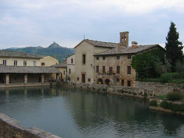 Via francigena opowiem ci o drodze w toskanii - Agriturismo bagno vignoni terme ...