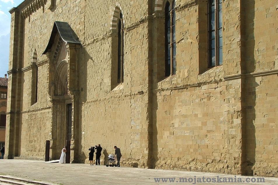 ikona przed Duomo zred