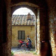 Drogi Toskanii. Chiantigiana, Eroica i sielskie krajobrazy Chianti.