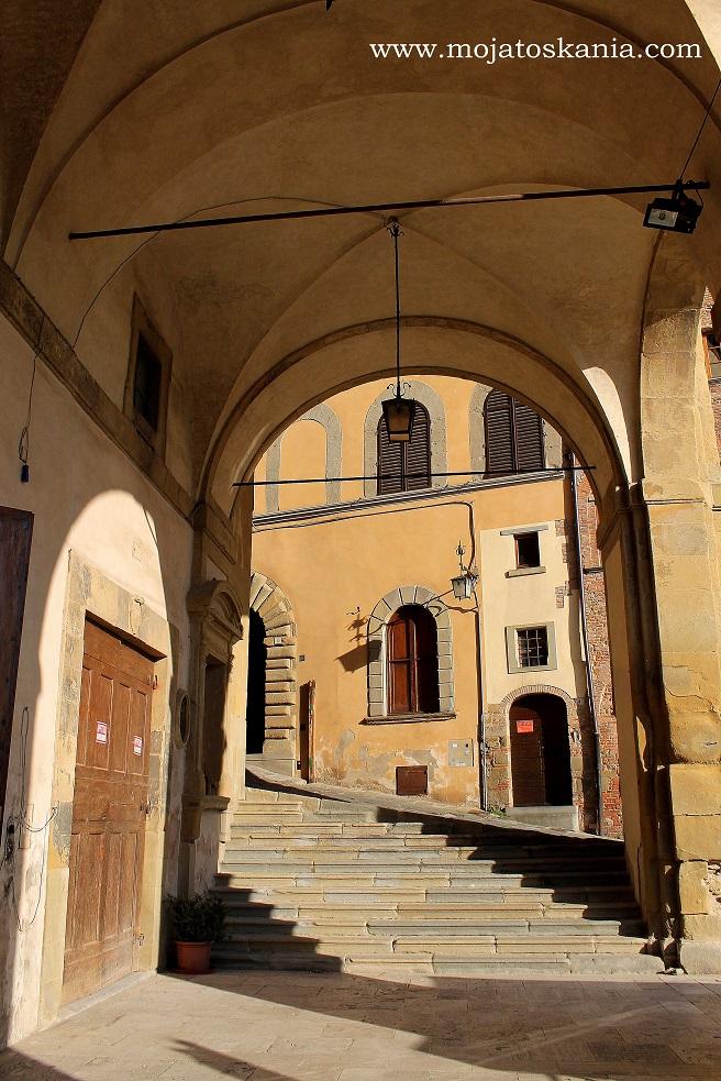 1 Arezzo Logge del Vasari
