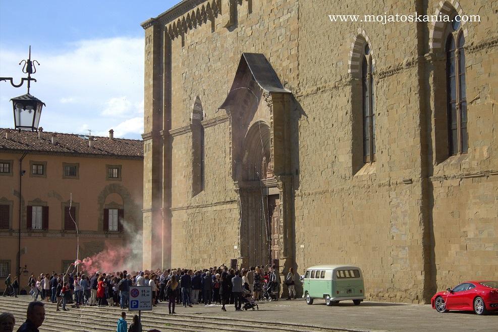 1 Arezzo davanti Duomo