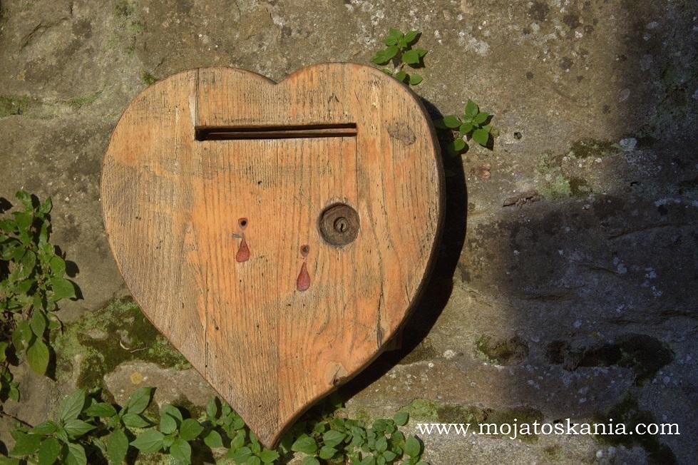 10 skrzynka pocztowa serce