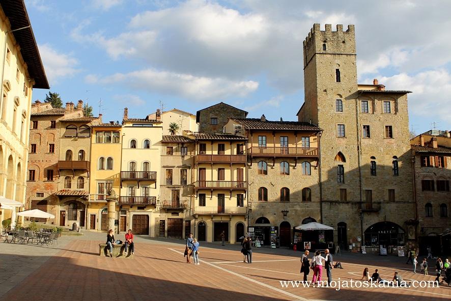 13 Arezzo