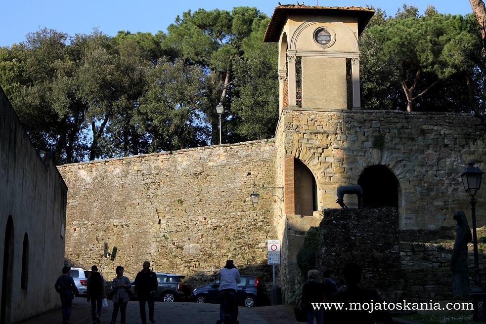 18 Arezzo
