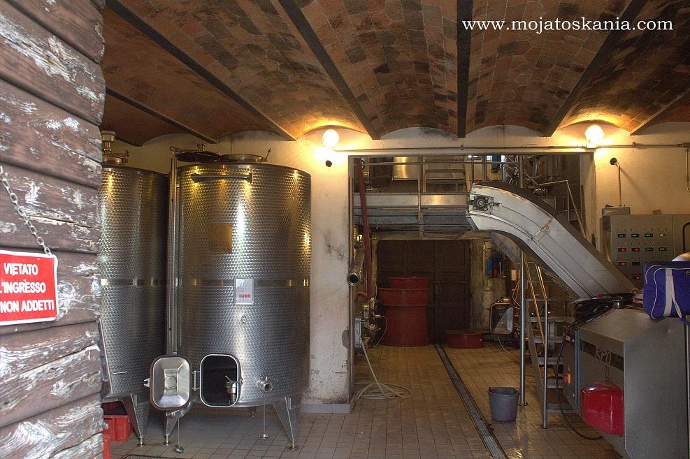 2 Volpaia wnetrze winiarni