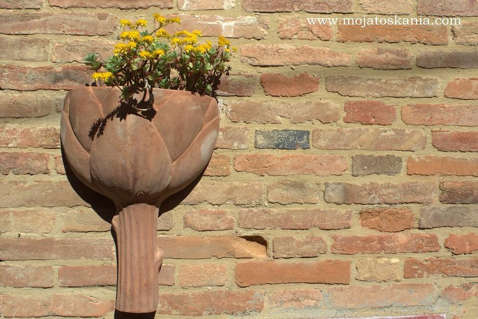 2 karczoch symbol wiosny