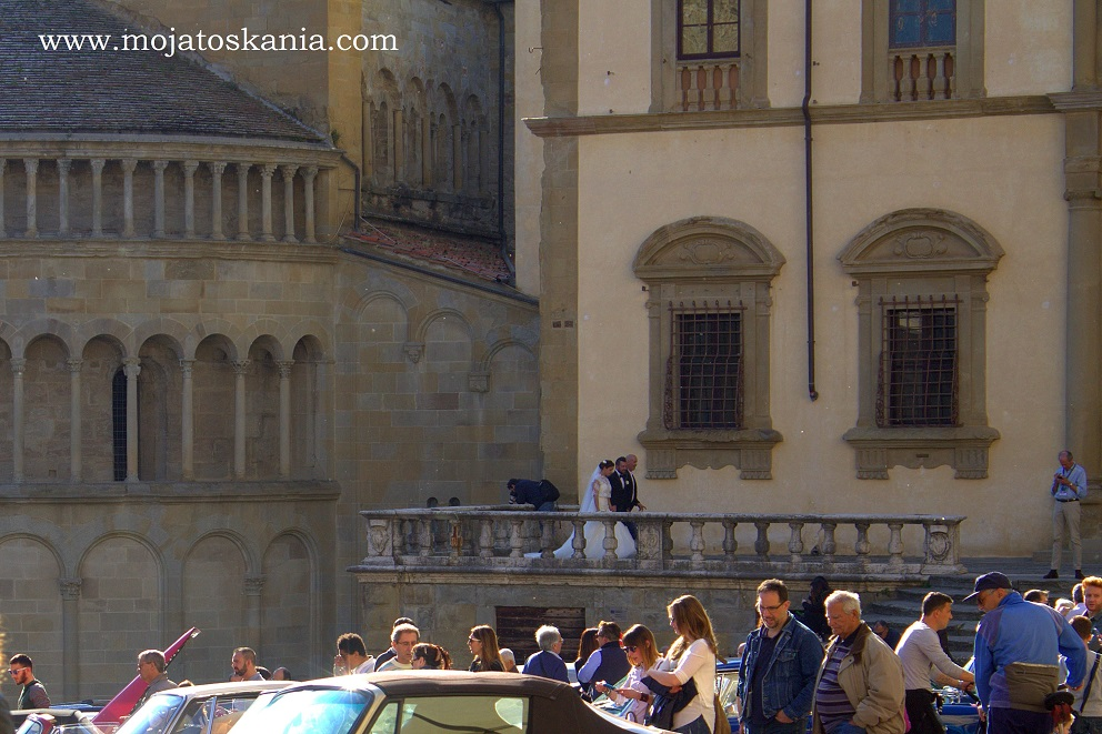 9 Arezzo Gli Sposi vanno avanti terrazza
