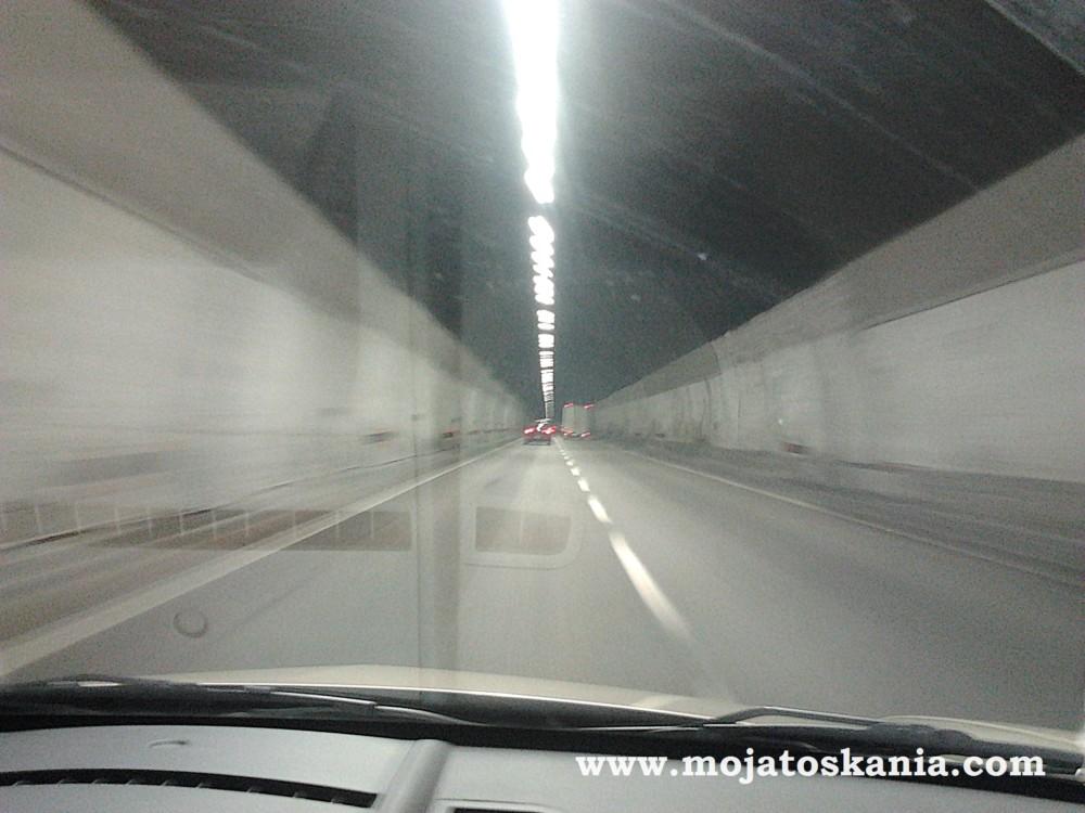 galeria-tunel-cud