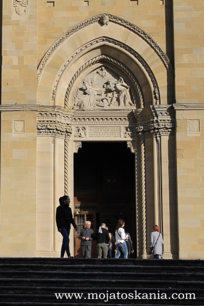 img 2886 porta del Duomo pion